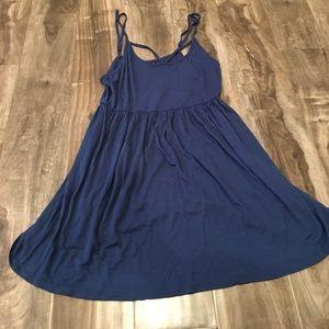 Perfect flowy summer sun dress. Size M.